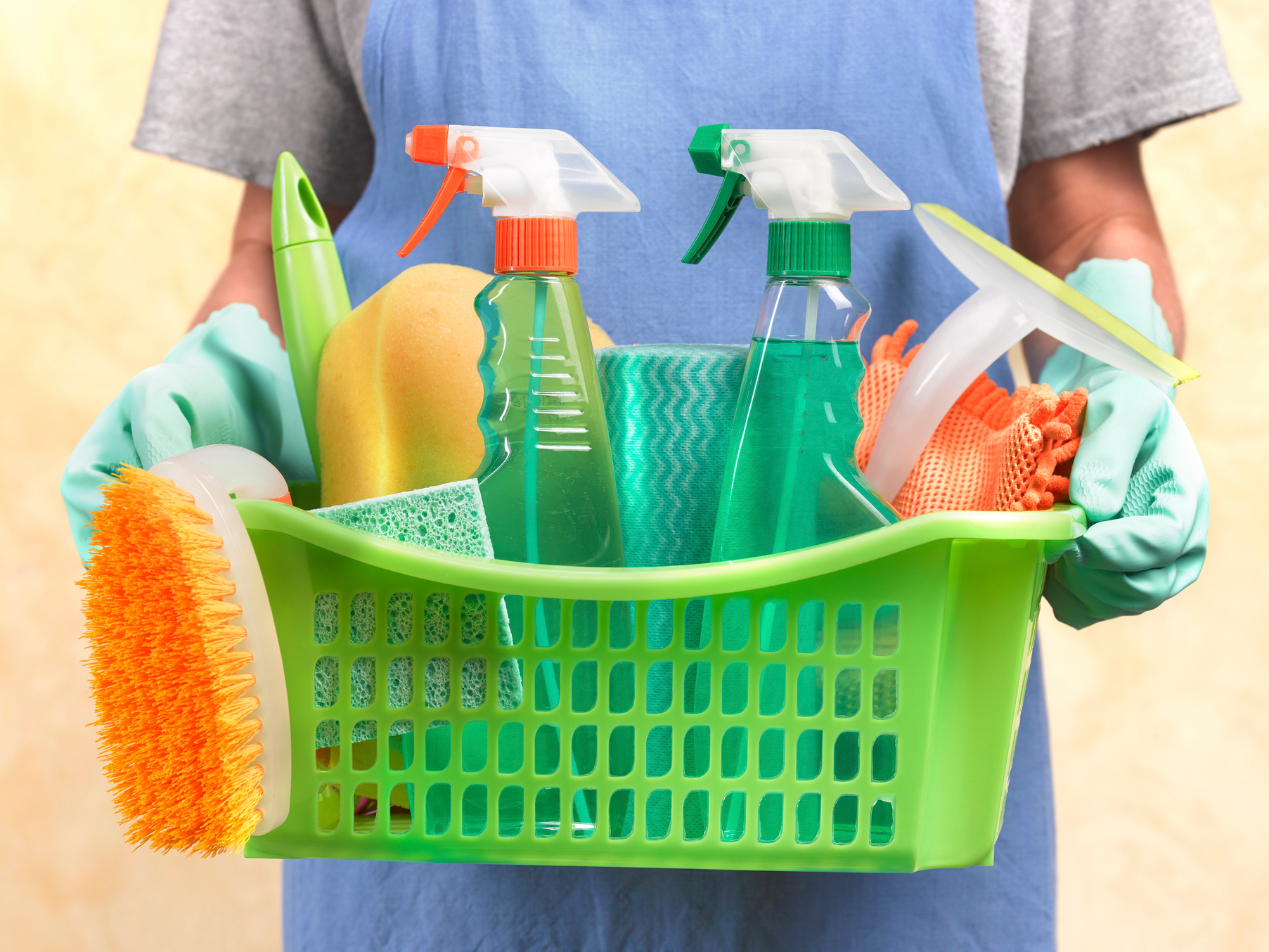 What are the Best Items to Buy When Shopping for Cleaning Supplies