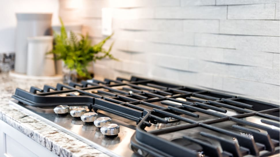 Get a Better Cooking Experience With Electric And Gas Ranges