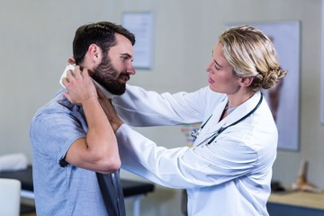Physical Therapy to Get Relief from Neck Pain