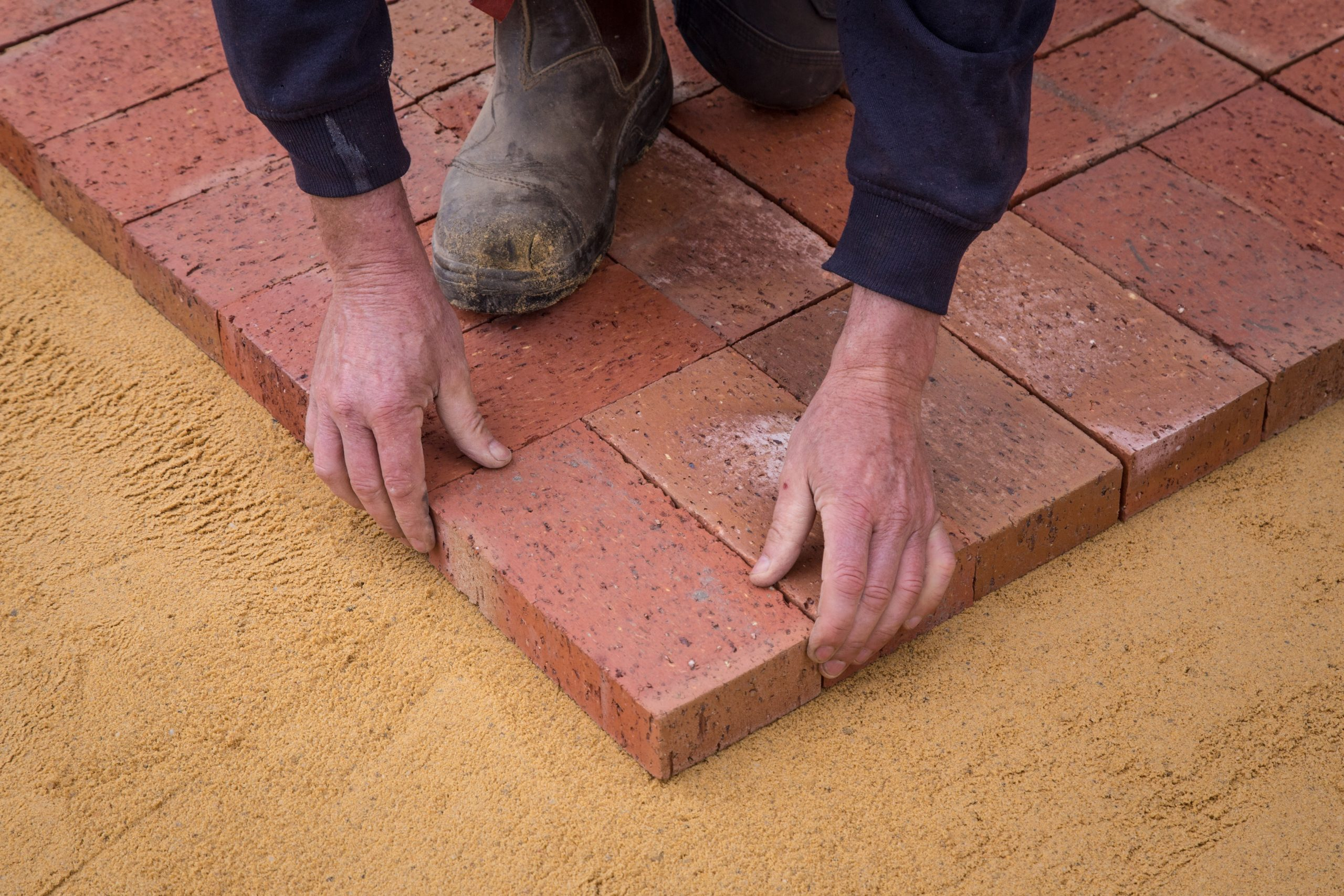 What is Brickies Sand Used For?