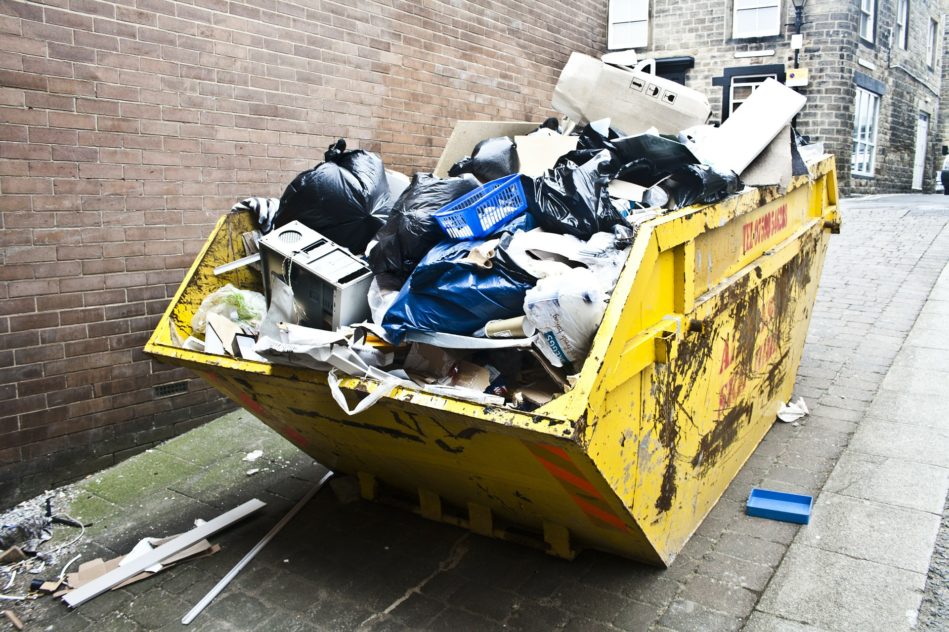 5 Benefits of Hiring Rubbish Removal Services in 2021